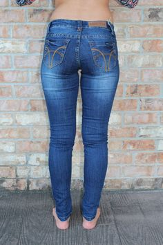 """Dark denim skinny blue jeans with five pocket Body length:37.5"""",insim-29.5 76% Cotton, 22% Polyester, 2% Spandex Junior sizing order up if you typically wear wo"""