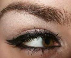 Rihanna and Angelina Jolie cat eyeliner eye make up tutorial by Lauren Luke... the youtube sensation.