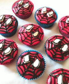 Spiderman Cupcakes Tutorial - Visit to grab an amazing super hero shirt now on sale! How To Make Cupcakes, Cute Cupcakes, Man Cupcakes, Liquid Food Coloring, Red Food Coloring, Cupcake Wrappers, Cupcake Cakes, Regular Cake Recipe, Elmo Cake