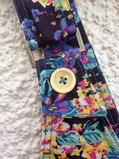 Floral 90's Dungaree dress - Button fastening