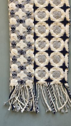 Both sides of this double deflected weave scarf. Woven on 8 shaft Louet Spring
