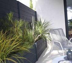 Brise-vue, Castorama | De Particulier à Particulier - PAP Home Deco, Garden Landscaping, Outdoor Gardens, Sweet Home, Planters, New Homes, House Design, Patio, Landscape