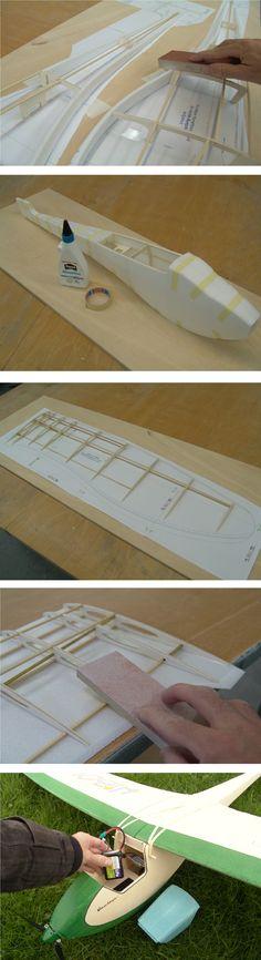 Ein Holzskelett aus Kieferleisten und Sperrholz verleiht dem großen Segelflugmodell Hibou Stabilität. Erschienen in Modell AVIATOR 12/2012.