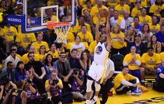 08.06 Malgré ce dunk, Andre Iguodala et Golden State ont perdu le 2ematch de la finale NBA face à Cleveland.Photo: Frederic J. Brown
