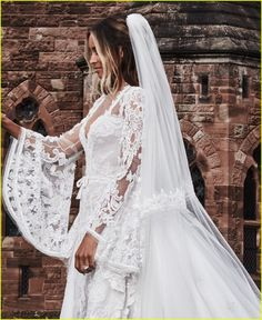 ciara russell wilson share official wedding photos 01