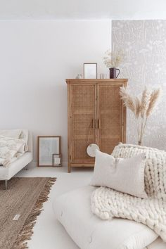 Home Decoration Ideas Diy Home Inspo Wishlist But What Should I Wear.Home Decoration Ideas Diy Home Inspo Wishlist But What Should I Wear My Living Room, Interior Design Living Room, Home And Living, Living Room Decor, Scandinavian Bedroom Design, Bohemian Interior Design, Minimalist Scandinavian, Living Room Designs, Home Bedroom