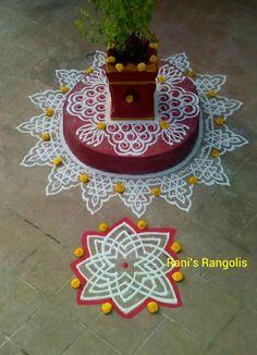 Rangoli Borders, Rangoli Border Designs, Rangoli Patterns, Kolam Rangoli, Beautiful Rangoli Designs, Kolam Designs, Padi Kolam, Indian Rangoli, Tulasi Plant