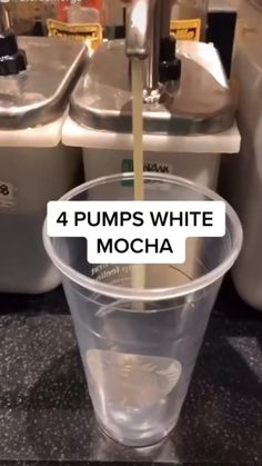 Coffee Drink Recipes, Summer Drink Recipes, Summer Drinks, Coffee Drinks, Pink Starbucks, Starbucks Drinks, Breakfast Dessert, Breakfast Ideas, White Mocha