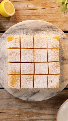 Homemade Lemon Bars Recipe- easy to make and delicious! Enjoy this refreshing lemon bars recipe that's prefect for dessert or a fun treat! Lemon Desserts, Lemon Recipes, Sweet Recipes, Delicious Desserts, Yummy Food, Delicious Chocolate, Recipes With Eggs, Small Desserts, French Desserts