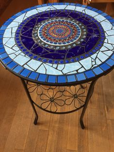 Mosaic Outdoor Table, Mosaic Tile Table, Outdoor Table Tops, Tile Tables, Wood Mosaic, Mosaic Art, Mosaic Crafts, Mosaic Projects, Stained Glass Projects