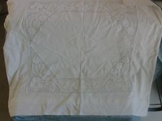 """Vintage Bettwäsche - """"2 Paradekissen mit Spitze aus Oma's Schrank - ein Designerstück von Manus-kleine-Vintage-Schatzkiste bei DaWanda"""