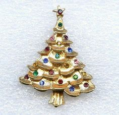 "Vtg 1960s Christmas Tree Multi Color Rhinestone 1-7/8"" T Gold Tone Brooch Pin #NotSigned"