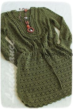 Fabulous Crochet a Little Black Crochet Dress Ideas. Georgeous Crochet a Little Black Crochet Dress Ideas. Black Crochet Dress, Crochet Skirts, Crochet Clothes, Gilet Crochet, Crochet Cardigan, Crochet Bikini, Knit Crochet, Knitting Patterns, Crochet Patterns