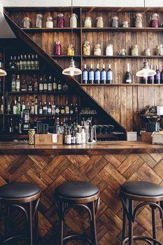 home bar Simple Small Basement Bar Deco - Pub Design, Bar Interior Design, Back Bar Design, Room Interior, Interior Paint, Diy Home Bar, Home Bar Decor, Pub Decor, In Home Bar Ideas