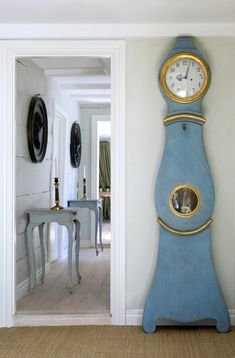 We love the sheer simplicity and grace of this blue and gold Mora clock. From Cote de Texas. Swedish Decor, Swedish Style, Swedish Design, Nordic Style, Danish Design, Scandinavian Interior, Home Interior, Scandinavian Design, Interior Design