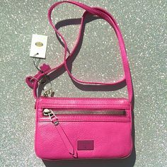Sale NWT Fossil leather  crossbody So chic and great pop of color! It is brand new and in perfect condition! Fossil Bags Crossbody Bags