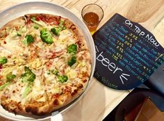 Located in Annapolis, MD, this upscale pizza shop creates some delicious dishes as well as some home-brewed craft beers!  |  freshtastesandplates.com