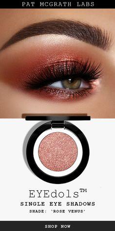 Recreate this pink copper metallic smokey eye makeup look with PAT McGRATH LABS *new* EYEdols single eye shadow shade 'ROSE VENUS', a gleaming pink metallic pigment that's flattering on all skin tones. Shimmer Eye Makeup, Smokey Eye Makeup Look, Eyeshadow Makeup, Makeup Looks, Eyeshadow Steps, Copper Eye Makeup, Eyeshadow Tutorials, Natural Makeup, Makeup Inspo