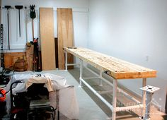 Heavy Duty Workbench: Plans to Build Your Own  #DIY #KeeKlamp #workbench