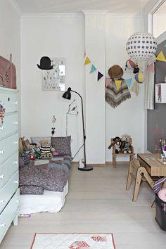 Dream catchers Scandinavian room | 10 Ecclectic Kids Rooms - Tinyme Blog