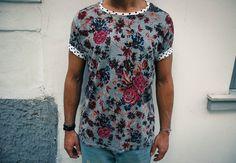 Tshirt flower blackribbon