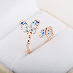 There is 1 tip to buy jewels, ring. Cute Rings, Unique Rings, Beautiful Rings, Unique Jewelry, Gems Jewelry, Jewelery, Butterfly Ring, Vintage Butterfly, Korean Jewelry