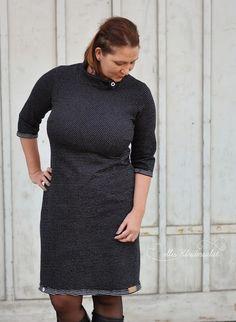 Mellis Kleidersalat: Schlicht und hochgeschlossen