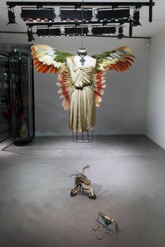 http://www.spanky-few.com/2012/06/25/scenographie-lanvin/
