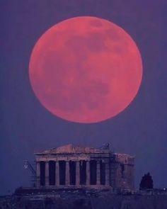 """GreekGateway.com ® (@greekgateway) στο Instagram: """" The beautiful October Harvest Full moon in Greece. #greece #moon #greek #greeks #greeklife…"""""""