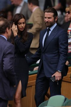 mens_fashion - Irina Shayk was 'battling allergy and not angry at Bradley Cooper' Bradley Cooper, Rugged Style, Tom Ford Men, Modern Gentleman, Gentleman Style, Tom Ford Herren, Bond Suits, Suit Fashion, Mens Fashion