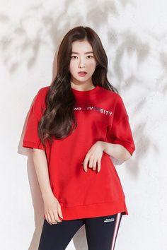 Red Velvet's Irene for Outdoor Brand Eider's 2019 S/S Collection Seulgi, Kpop Girl Groups, Kpop Girls, Asian Music Awards, Red Velvet Irene, Kpop Fashion, Asian Fashion, Korean Beauty, Swagg