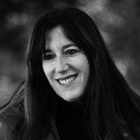Zeruya Shalev komt op donderdag 7 april haar neiuwste roman PIJN voorstellen bij Boekhandel Limerick