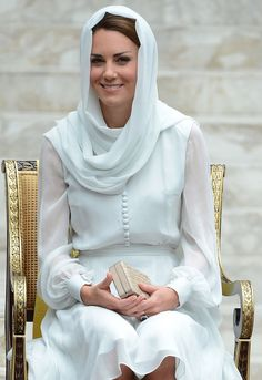Kate Middleton's 2012 Singapore tour dresses. Elegant and regal in Buelah London - Mirror Online