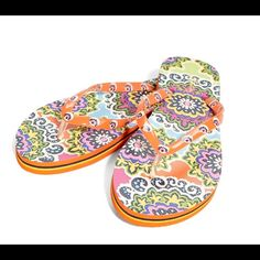 Vera Bradley Flip Flops Rio Size 7/8 NWT Vera Bradley Flip Flops, Textured ant-slip outer sole, soft sole. These flip flops have a soft and flexible rubber sole that provides all around comfort. Vera Bradley Shoes