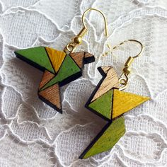 Wooden Earrings - Green & Yellow - Birds origami style