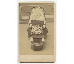 1860S POSTMORTEM PHOTO OF A BABY IN A SMALL BURIAL CASKET ANTIQUE CDV
