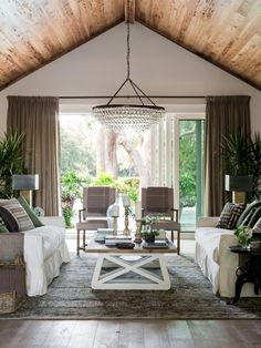 HGTV Dream Home 2017: Living Room Pictures >> http://www.hgtv.com/design/hgtv-dream-home/2017/living-room-pictures-from-hgtv-dream-home-2017-pictures?soc=pinterest