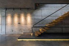 Illuminazione per scale interne idee originali con luci a led