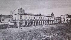Edificio del Ayuntamiento de la Ciudad de Mexico. Se edifico desde 1526 en lo que fue el tecpan de Motecuhzoma Xocoyotzin. A sufrido diversas modificaciones a lo largo de tres siglos del Virreinato, hasta su ultima modificación en 1948. ca.1860