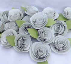 Ivory roses. Set of 25 paper roses. Wedding flowers.