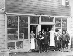 A Wild Bunch of drinkers: Century-old photos of Utah bars include rare shot of Butch Cassidy and the Sundance Kid with their gang | Mail Online