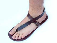 Leather Handmade Sandals Men and Women Minimalist Flip por LeatherD