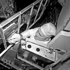 1969 ... Apollo 11 - installing 'lunar plaque'