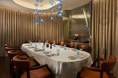 Private dining room for a sweet dinner, or for an exclusive #party, at #bulgarihotel #london
