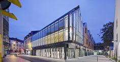 """Groupe-6 — """"Le Chapeau Rouge """", shopping block — Image 1 of 6 - Europaconcorsi"""