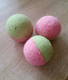 Melon bath bomb