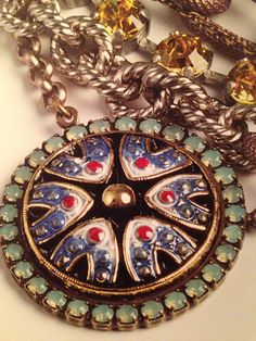 I LOVE this Czech button - hand-painted! Sabika 2014 spring summer. It is so gorgeous in person!!