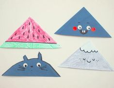 Easy and Cute Envelope Corner Bookmarks | DIY bookmarks are even more fun when you can use junk mail to make them!