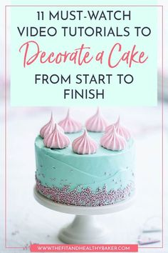 Do you want to decorate a cake and don't know where to start? Save this pin and click through to see 11 Must-Watch Video Tutorials to Decorate a Cake from Start to Finish. Cake Decorating Designs, Cake Decorating For Beginners, Cake Decorating Videos, Cake Designs, Decorating Tips, Cookie Decorating, Buttercream Decorating, Tea Cakes, Cupcake Cakes