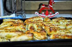 Nadýchané zemiakové pagáče, ktoré sú mäkké a plné vône domova. Cauliflower, Zucchini, Biscuits, French Toast, Appetizers, Snacks, Chicken, Vegetables, Breakfast